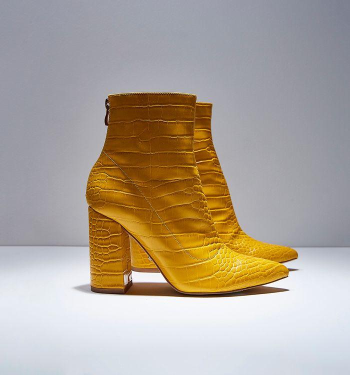 botas-amarillo-s084732-1