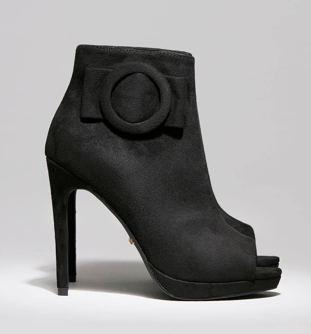 calzado-negro-S084720A-1